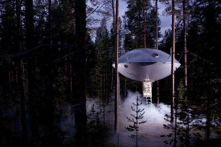 treehouse sweden
